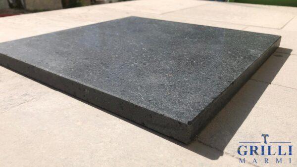 Piastra in pietra lavica - Grilli Marmi Gubbio